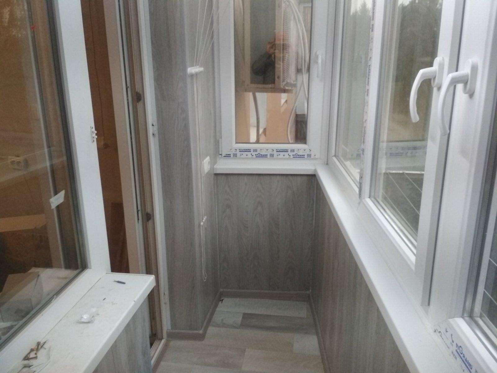 Остекление балкона внутри